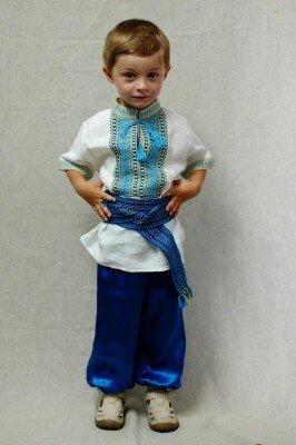 Український костюм на хлопчика – ДИТЯЧЕ СВЯТО 23236b75c8cf7